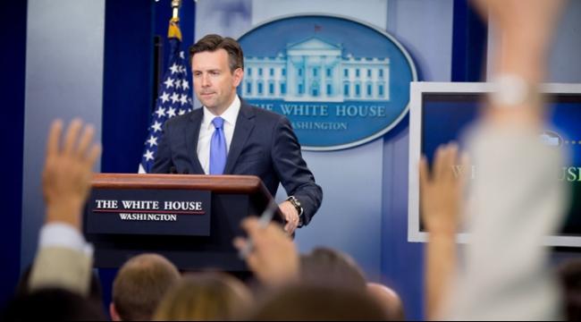 البيت الأبيض يحذر من مواجهة مع روسيا في سورية