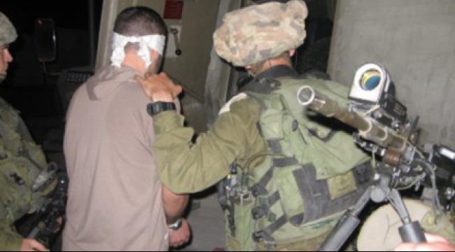 الاحتلال يعتقل 11 مواطنا فلسطينيا في الضفة الغربية