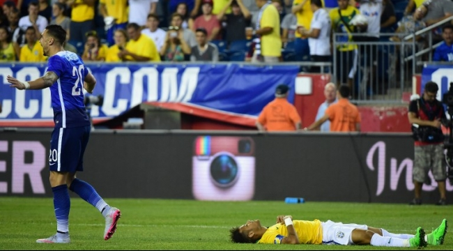 نيمار يقود منتخب بلاده للفوز على أميركا 4 - 1
