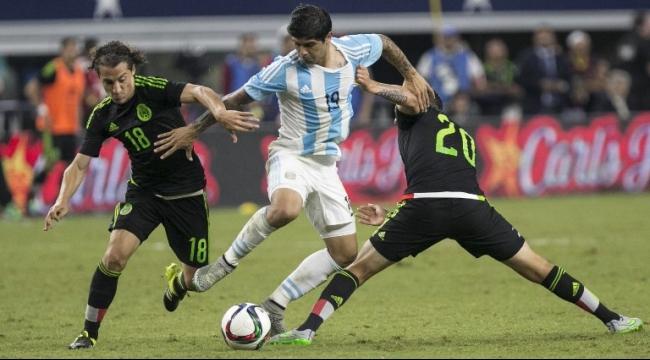 الأرجنتين تفلت من الخسارة أمام المكسيك