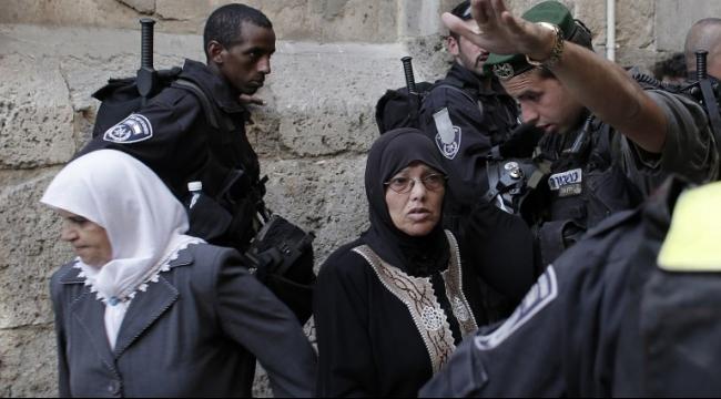 الاحتلال يعتبر المرابطات والمرابطين بالمسجد الأقصى تنظيمين محظورين