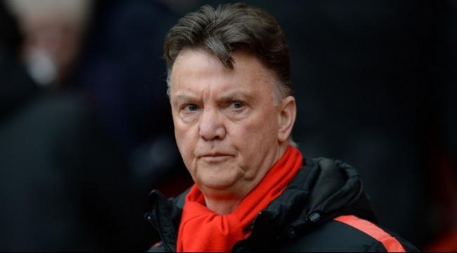 لويس فان غال يلوّح إلى مدرب مانشستر يونايتد المقبل