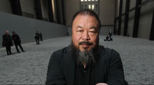 فنان صيني يدعو بريطانيا لمساعدة اللاجئين