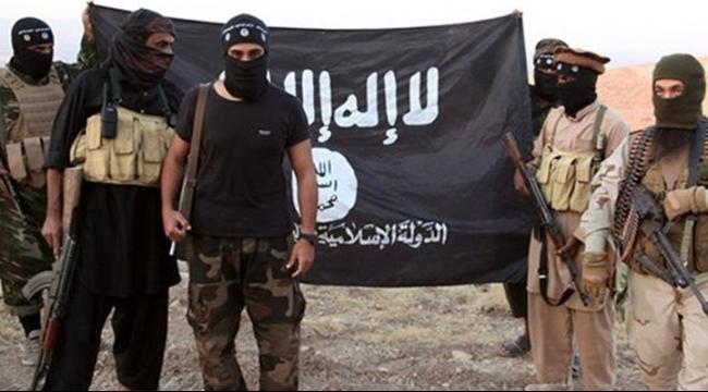"""مقتل جنديين عراقيين وعنصر من """"داعش"""" في الأنبار"""