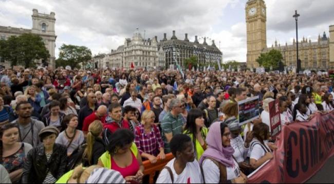 أوروبا: عشرات الآلاف يتظاهرون دعما لاستقبال اللاجئين
