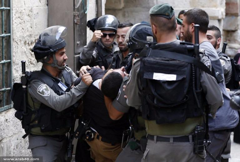 اعتقالات وقنابل غاز: الاحتلال يقتحم الأقصى مجدًدا