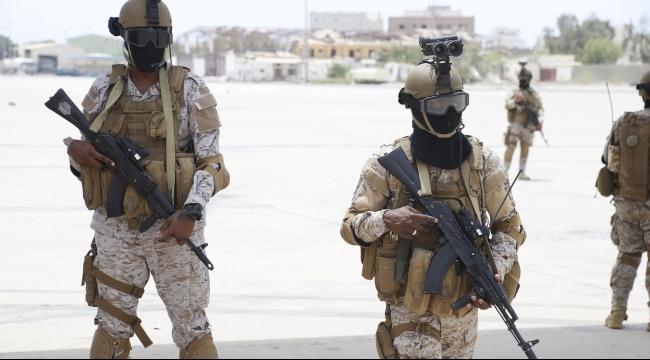 مقتل خمسة جنود سعوديين وإماراتي في هجوم بري بالقرب من صنعاء