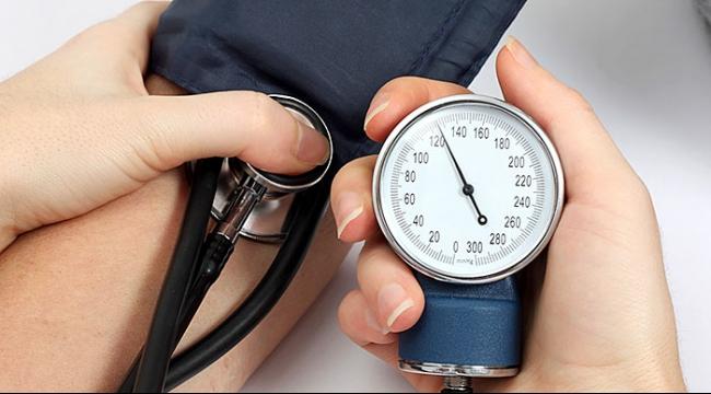 دراسة: خفض ضغط الدم يقي من وفيات الأزمات القلبية