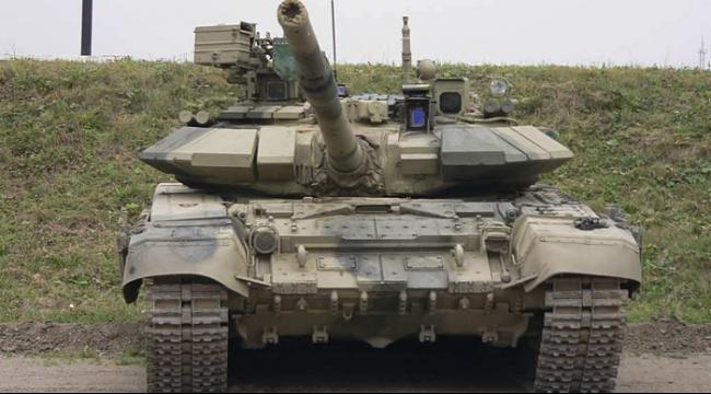 مسؤولان أميركيان: روسيا تنشر دبابات في مطار في سورية