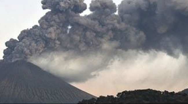 اليابان: بركان جبل آسو يثور دون وقوع إصابات