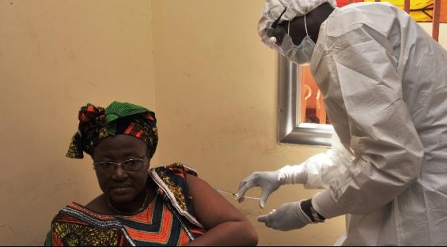 """عودة """"الإيبولا"""" وعزل المئات في الحجر الصحي"""