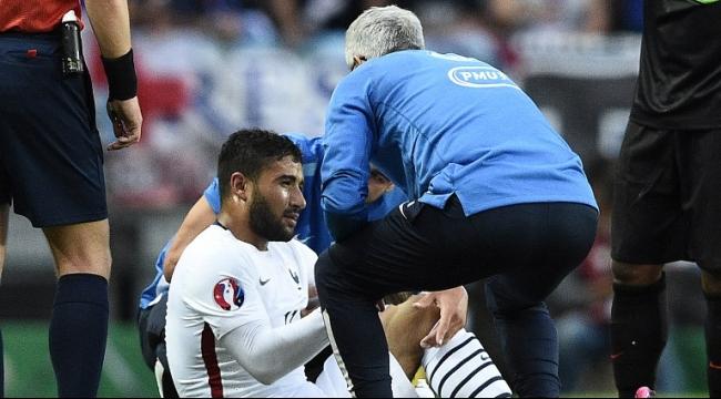 اللاعب نبيل فقير يخضع لعملية جراحية بركبته