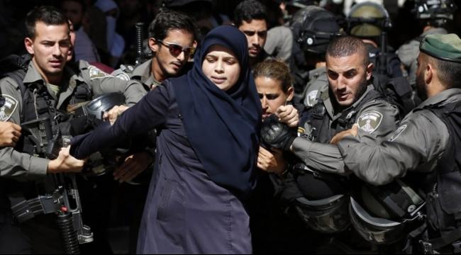 """نتنياهو يمارس """"الإرهاب السياسي"""": الاعتقال الإداري على ملقي الحجارة"""