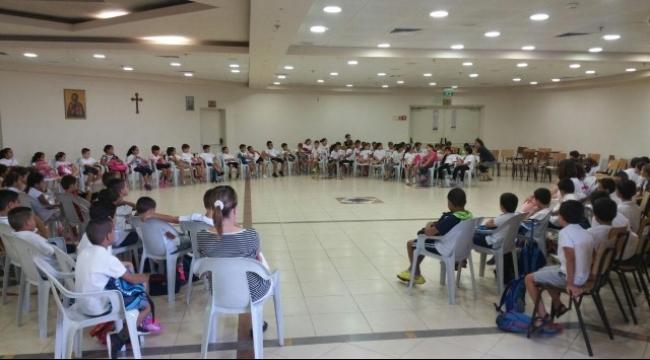 حيفا: المجلس الملي الأرثوذكسي يحتضن طلاب المدارس الأهلية