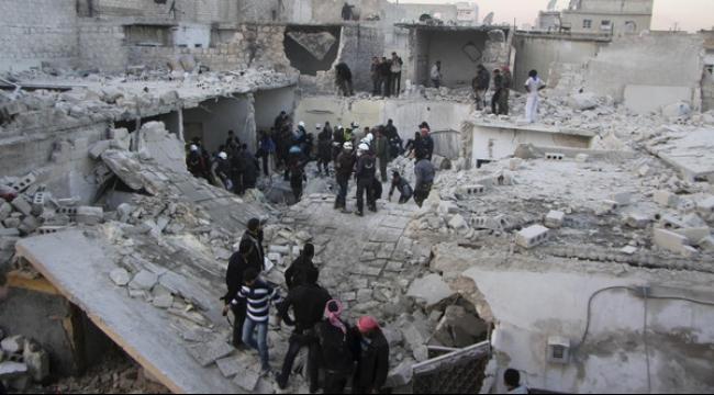 مقتل 11 مدنيًا في قصف للنظام استهدف حيًا شعبيًا في حلب