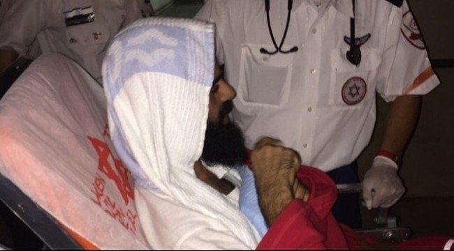 الأسير علّان يعلّق إضرابه عن الطعام