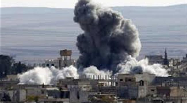 """تدمر: مقتل 8 مدنيين """"والكثير من داعش"""" بغارات طيران النظام"""