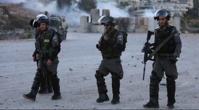 نابلس: إصابة خطيرة بنيران الاحتلال على حاجز بيت فوريك