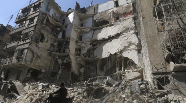 سورية: مقتل 53 على الأقل في قصف جوي على حلب