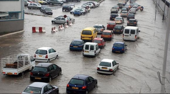 الجزائر: 16 قتيلا ضحايا الأمطار الغزيرة