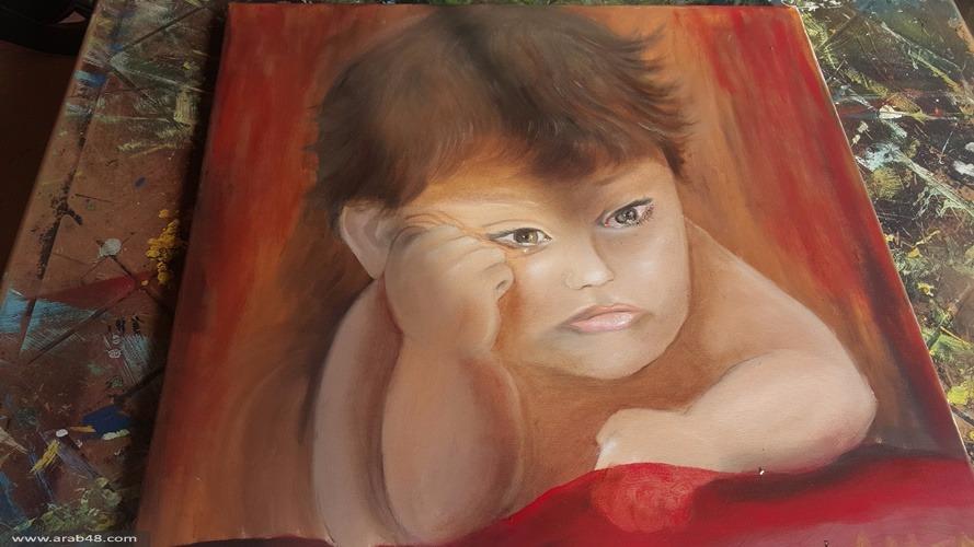 """""""بين سكين التهجير وحلم النجاة"""" لوحة فنية للطفل عيلان"""