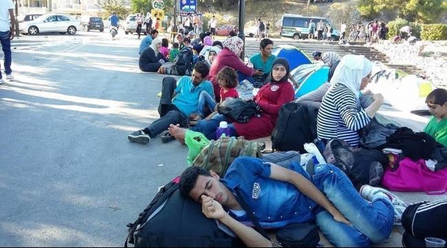 3 فلسطينيين في الطريق إلى أوروبا بين المطار والمشفى