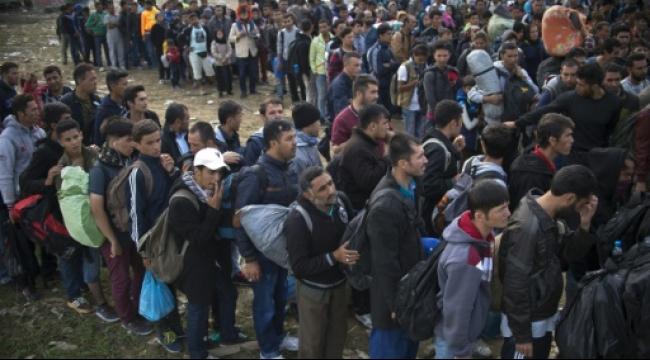 الاتحاد الأوروبي يسعى لوقف تدفق اللاجئين
