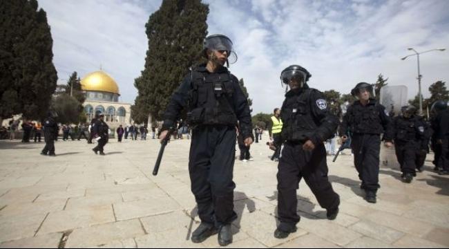 القدس: المستوطنون يقتحمون الحرم المقدسي من جهة باب المغاربة