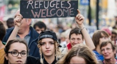 بروكسل: الآلاف يشاركون في مظاهرة ترحيبية باللاجئين