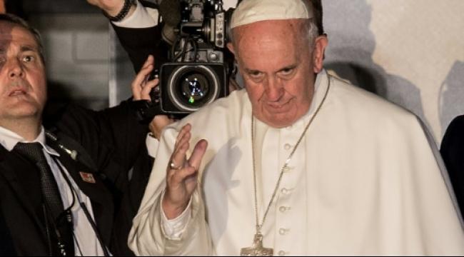 البابا فرنسيس ينهي زيارة تاريخية للولايات المتحدة