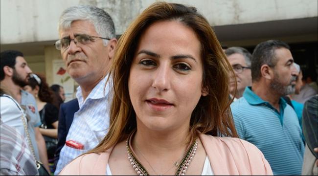 الادعاء في لاهاي يطلب السجن لمدة عام لصحفية لبنانية