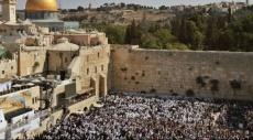 القدس: آلاف المستوطنين يقتحمون الأقصى