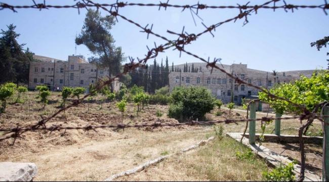 """يعلون يضم كنيسة استولى عليها مستوطنون لكتلة """"غوش عتصيون"""""""