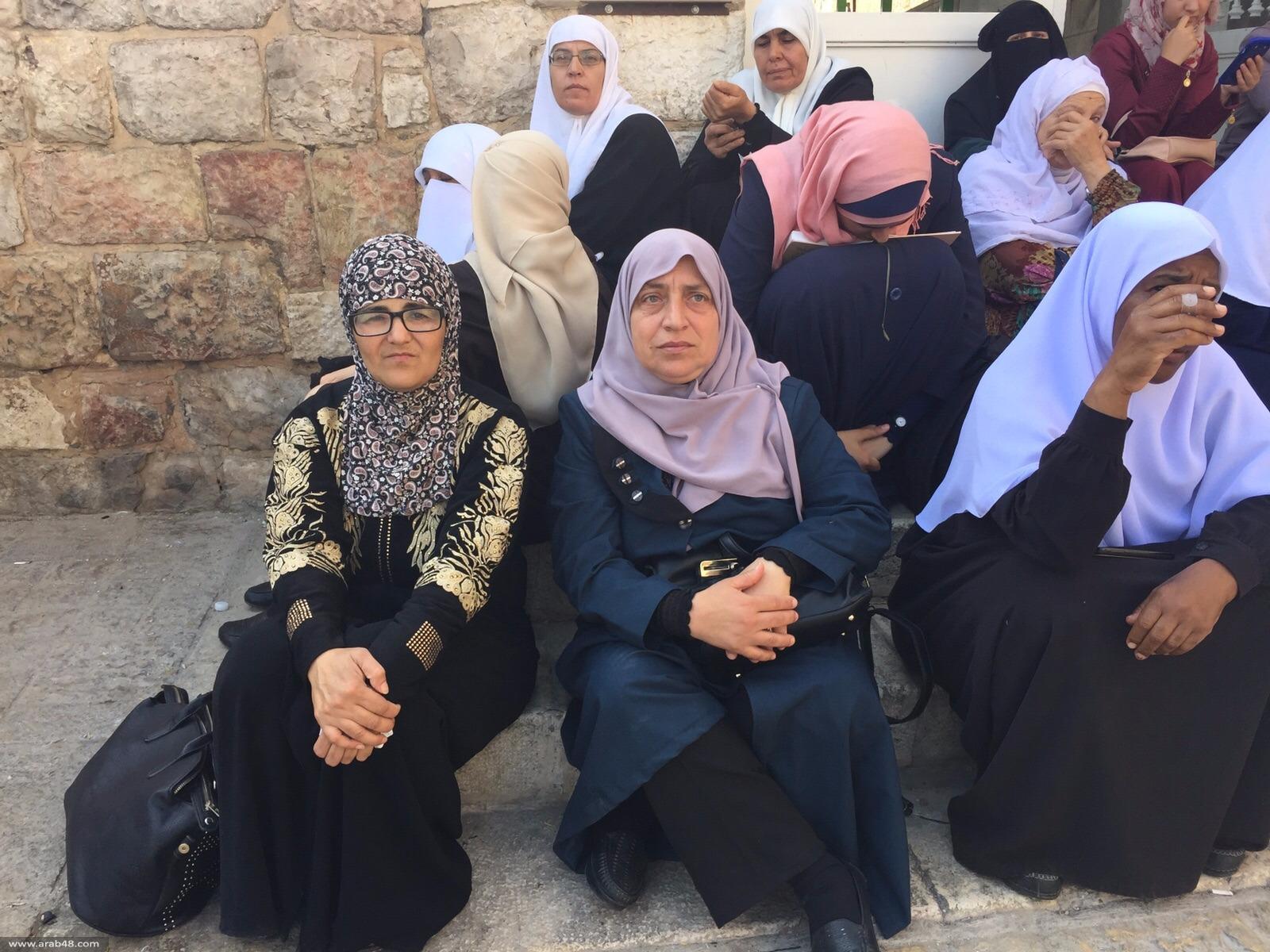 القدس: إغلاق البلدة القديمة واعتداءات واعتقالات