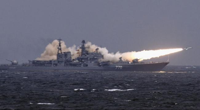 سفن روسية تطلق 26 صاروخا عابرا على أهداف في سوريا