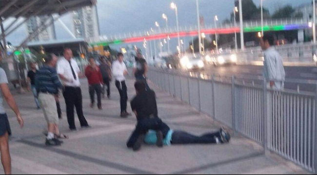 اعتقال فلسطيني بزعم تنفيذ عملية طعن ببيتح تكفا