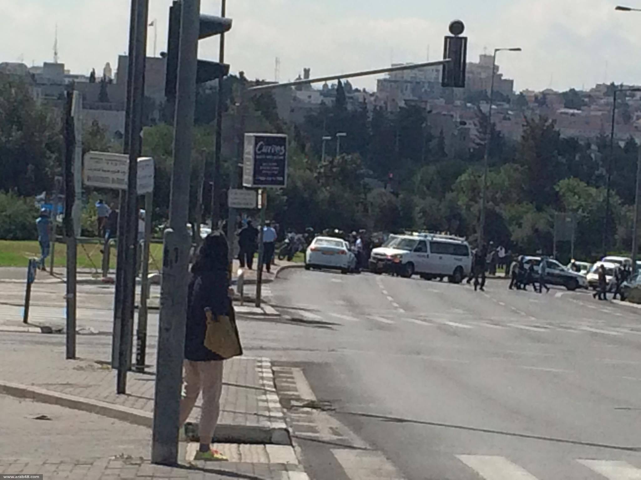 القدس المحتلة: إصابة خطيرة لمستوطن في عملية طعن واعتقال منفذها