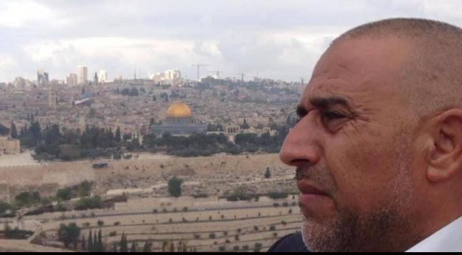 أبو عرار: قرار نتنياهو منع دخولنا للأقصى تحت حذائي