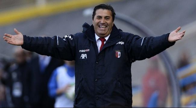 الأهلي يتعاقد مع المدرب البرتغالي جوزيه بيسيرو