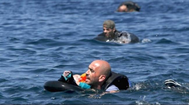 مقتل 11 لاجئا غرق مركبهم في المتوسط قبالة سواحل شمال مصر