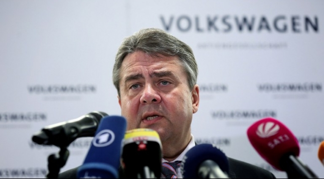 ألمانيا: نائب ميركل يتوقع وصول مليون لاجئ هذا العام