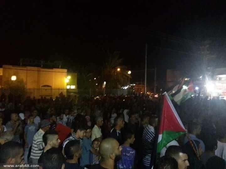 جديدة المكر: المئات يشاركون بمسيرة نصرة للقدس والأقصى