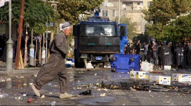 """كردستان العراق: اتهامات للبارزاني بتدبير """"انقلاب سياسي"""""""