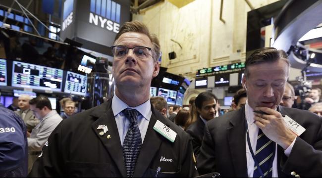 خبراء: الاقتصاد العالمي يواجه خطر استمرار التباطؤ للعام القادم