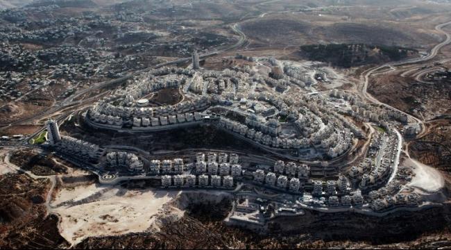 القدس المحتلة: مستوطنون يعترضون على الإجراءات الأمنية