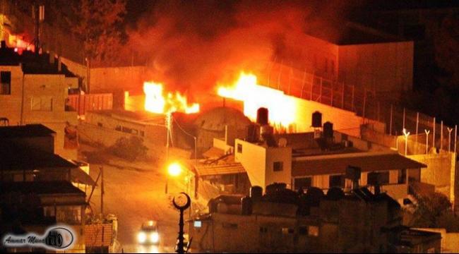 عباس يشكل لجنة تحقيق بعد حرق قبر يوسف