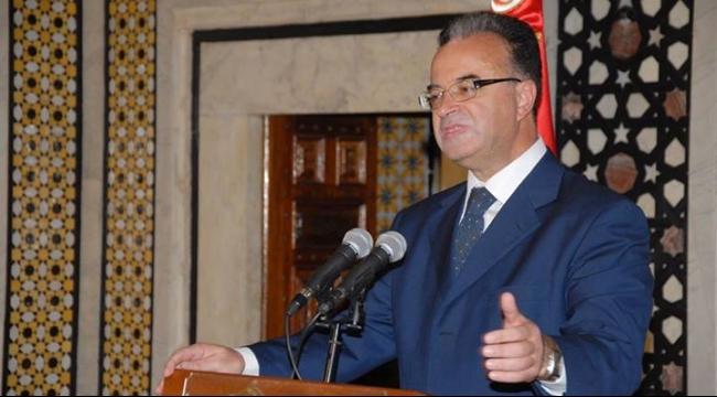 تونس تتوقع نمو الاقتصاد 2.5% في 2016 وتراجع العجز