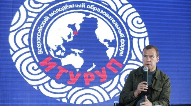 مدفيدف يعترف: روسيا تدافع عن مصالحها وليس عن الأسد