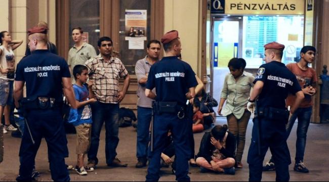 هنغاريا وسلوفينيا تشددان الحراسة على الحدود بسبب اللاجئين
