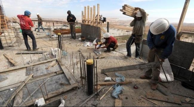 سخنين وعرابة: الشرطة تلاحق وتعتقل 28 عاملا فلسطينيا
